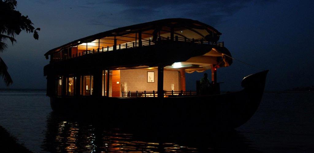 two-bedroom-houseboat